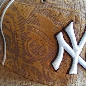 New Era Accessories - New York BaseBall Hat